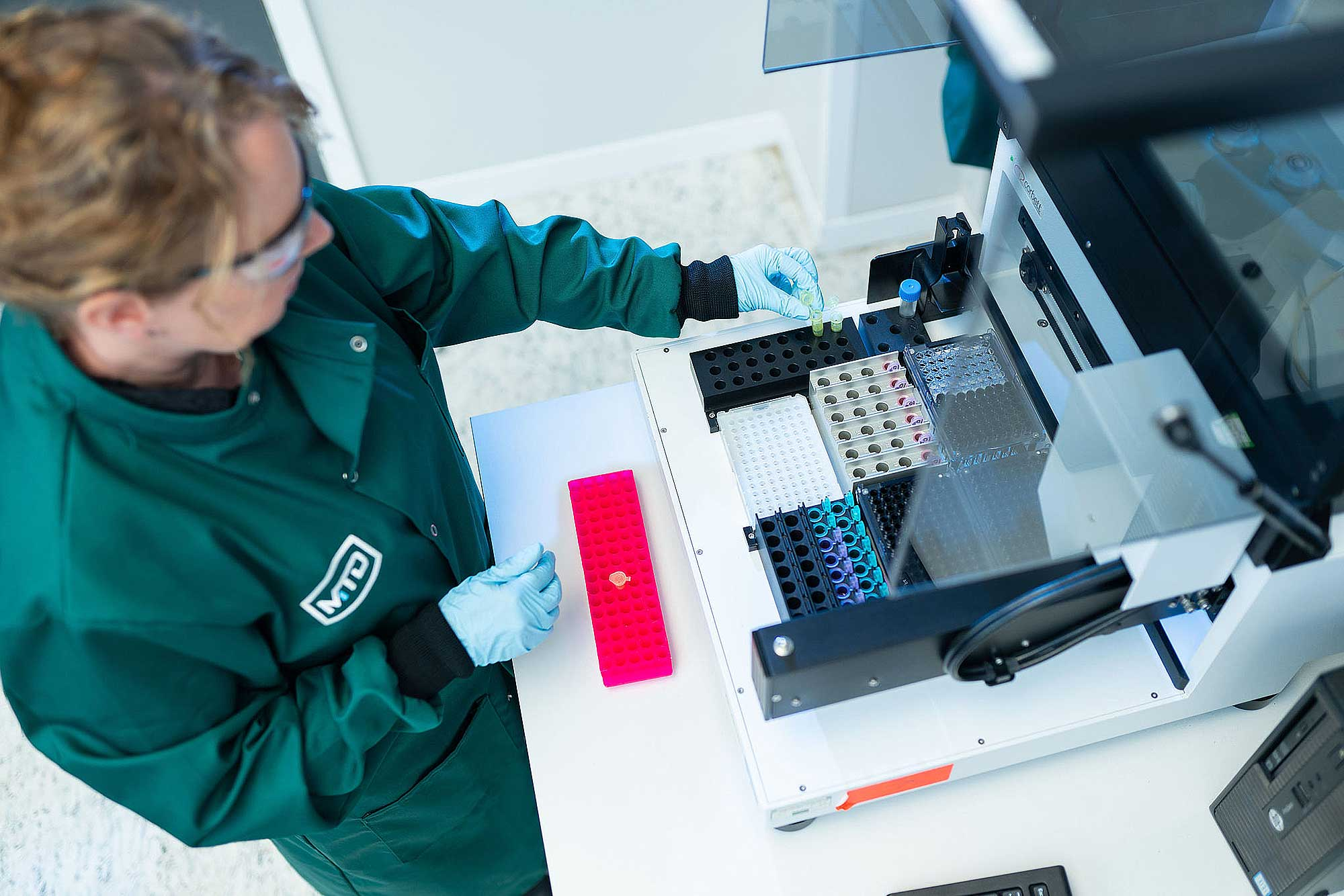 Which COVID test is most accurate- COVID-19 qPCR Testing vs LFD Testing - Minton Treharne & Davies